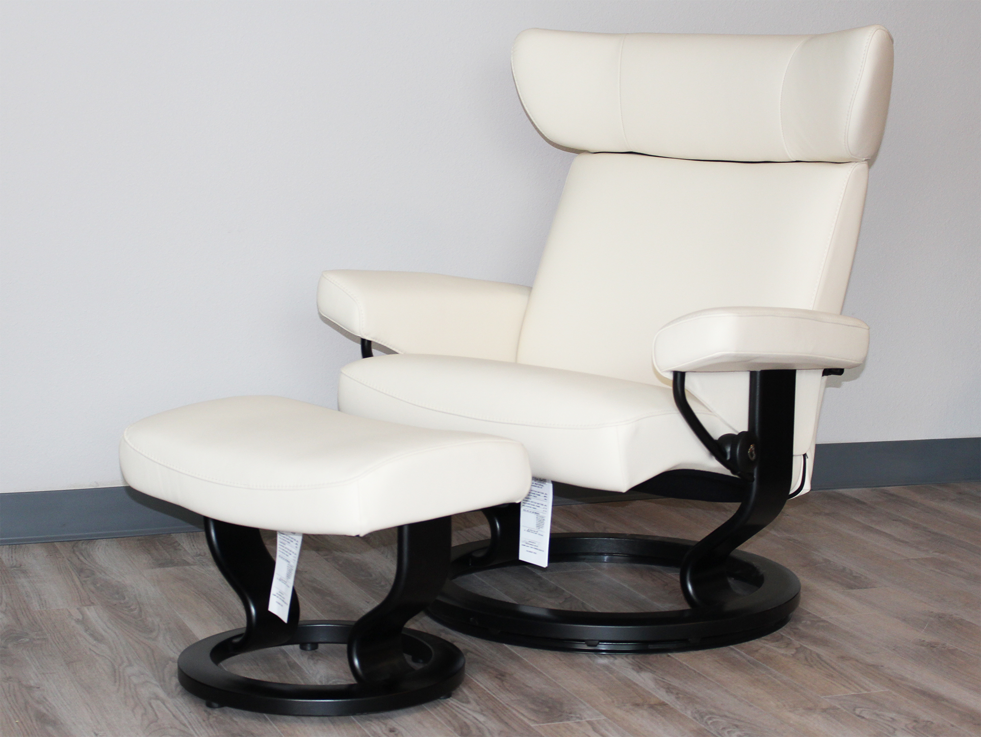 Stressless Paloma Vanilla Leather By Ekornes Stressless Paloma Vanilla Leather Chairs Recliners