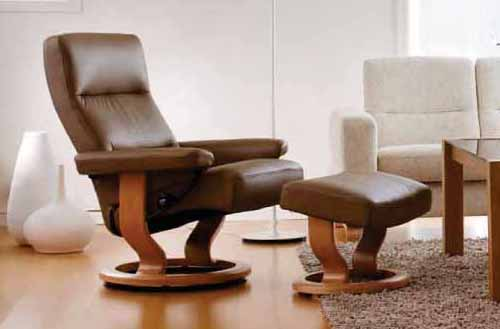 Stressless Pacific in Paloma Khaki  Leather with Natural Wood Finish