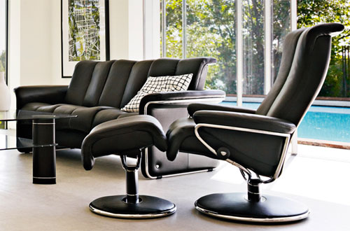 Stressless Blues Black Leather Recliner and Ottoman by Ekornes