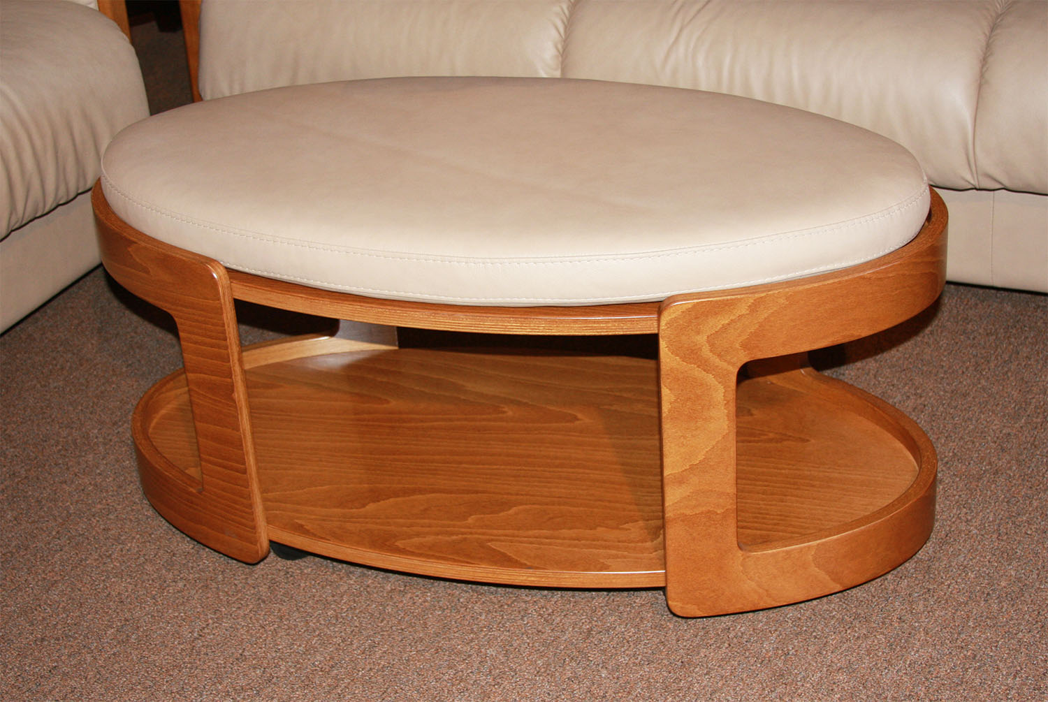 Ekornes Stressless Oval Ottoman Large Ottomans And Tables