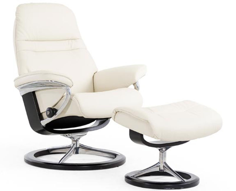 Superbe Stressless Sunrise Signature Base Recliner Chair And Ottoman