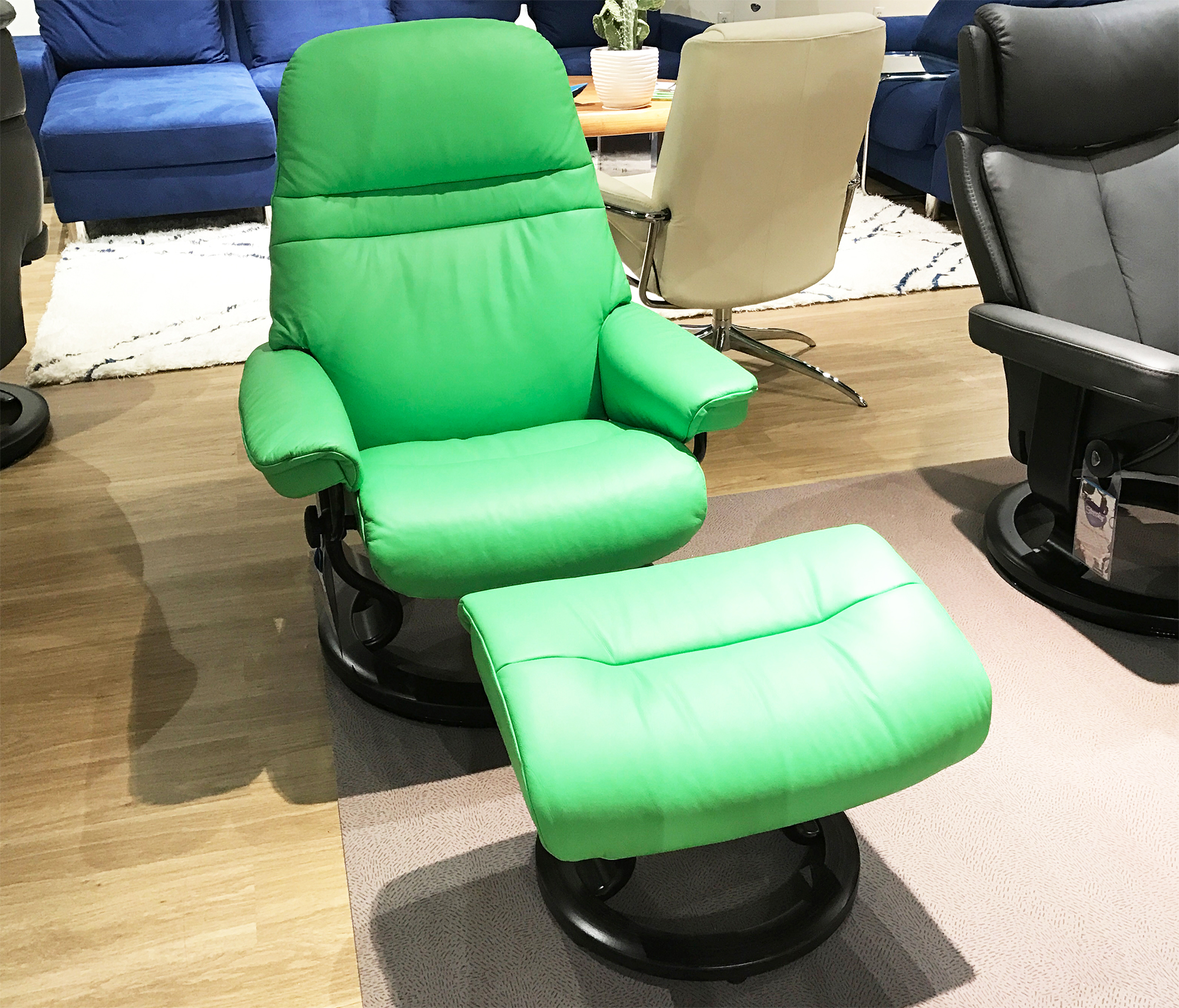 Excellent Stressless Sunrise Paloma Summer Green Color Leather By Ocoug Best Dining Table And Chair Ideas Images Ocougorg
