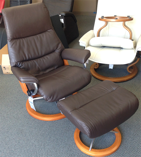 Stressless View Chair Paloma Mocca 09435 Leather Recliner and Ottoman by Ekornes