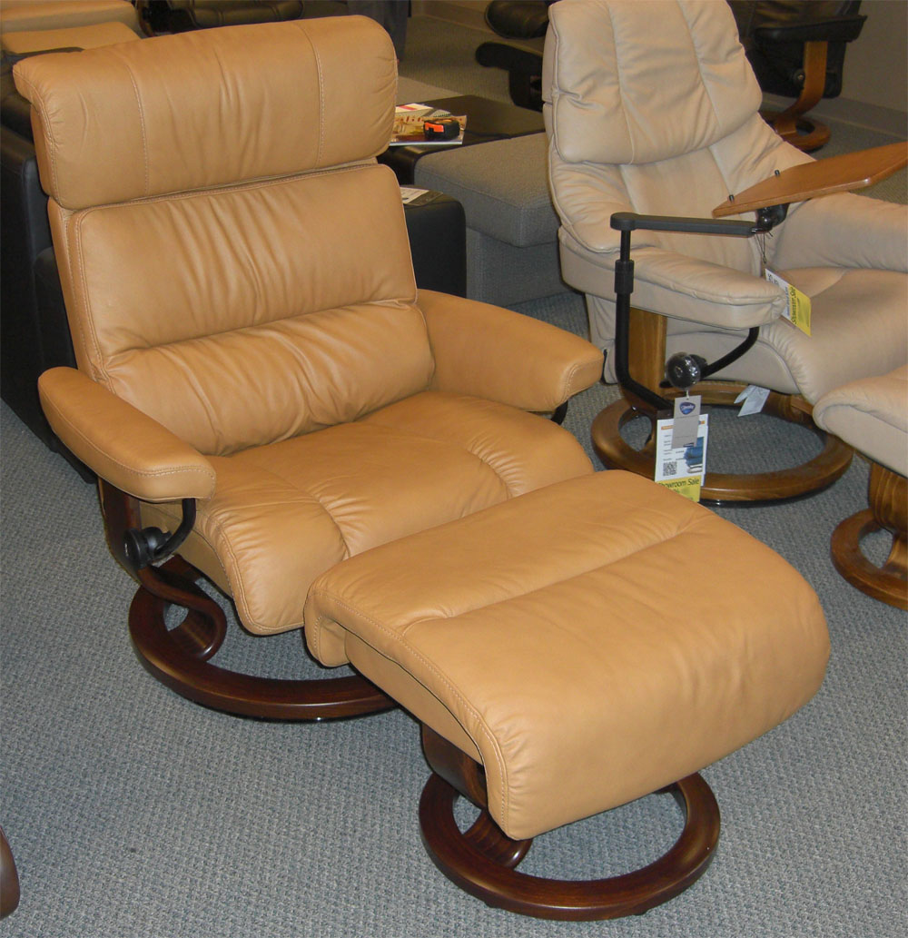 Stressless Paloma Tan 09423 Leather Color Recliner from Ekornes