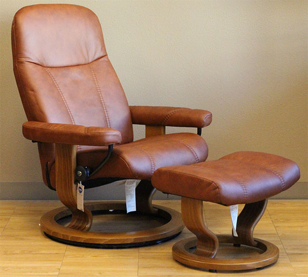 Stressless Consul Recliner Chair In Caramel Batick Leather
