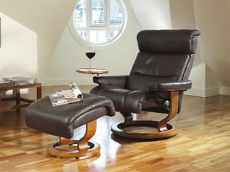 Stressless Savannah Recliner Chair And Ottoman Royalin Amarone With Cherry  Wood Base ...
